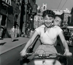 ROMAN HOLIDAY- Audrey Hepborn-Gregory Peck