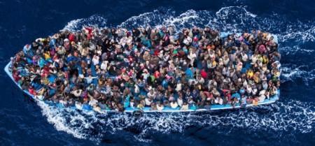 african_asylum_seekers_in_boat_1
